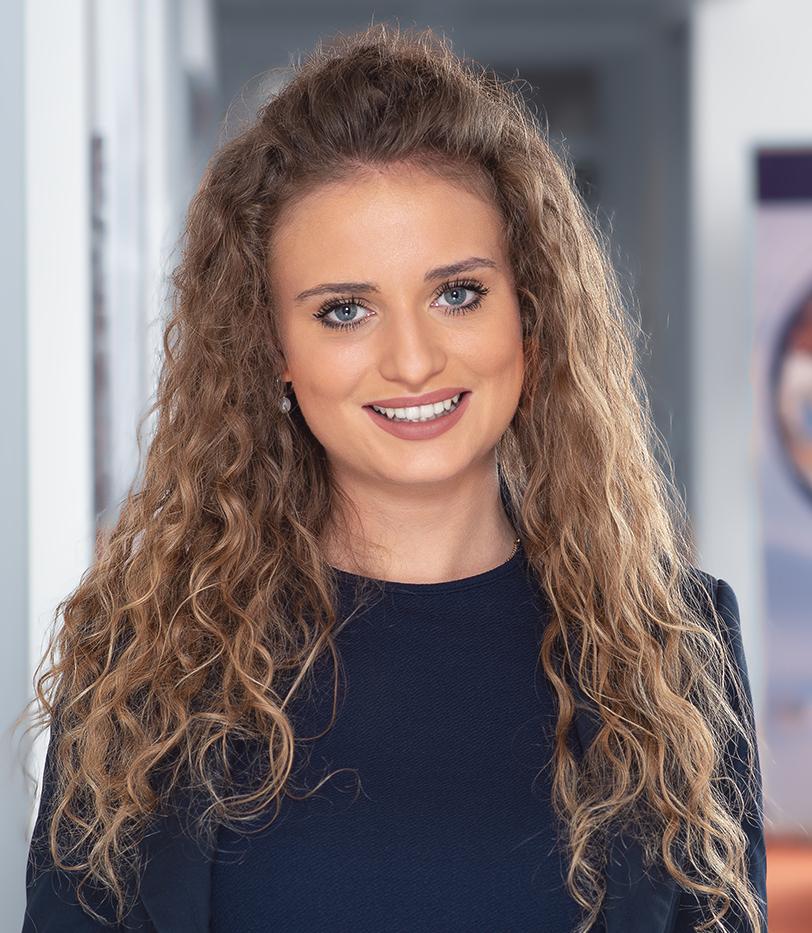 Paula Vacchi Sales Assistan MarketDialog